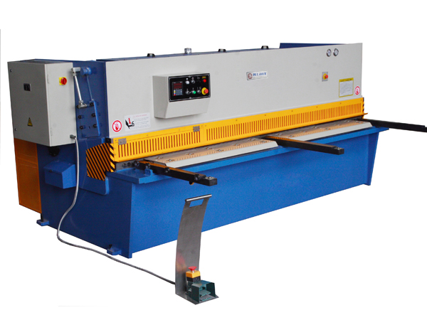 CNC Swing Beam Shear
